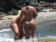 Obese Butts on Empty Beach - fatbootycams.com