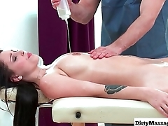 Sex Hardcore Oily Palpate from Dirty Masseur 24