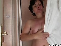 He bangs mom-in-law and wife comes in