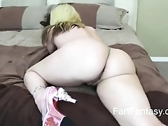 Serena Marcus  shakes fat ass and farts