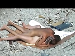 Any seniority lets fuck: Guy and his girlfriend quickie in a talk about nude beach